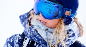 How To Choose The Perfect Pair of Snow Goggles with Torah Bright