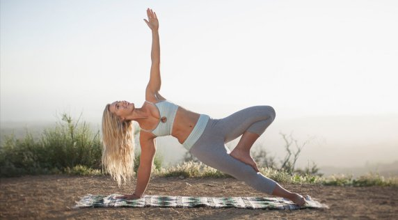 From the trail to tree pose with #ROXYfitness and Nora Tobin